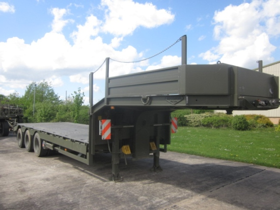 SOLD Broshuis E2130 step frame loader ex military trailer  44 ton | used military vehicles, MOD surplus for sale