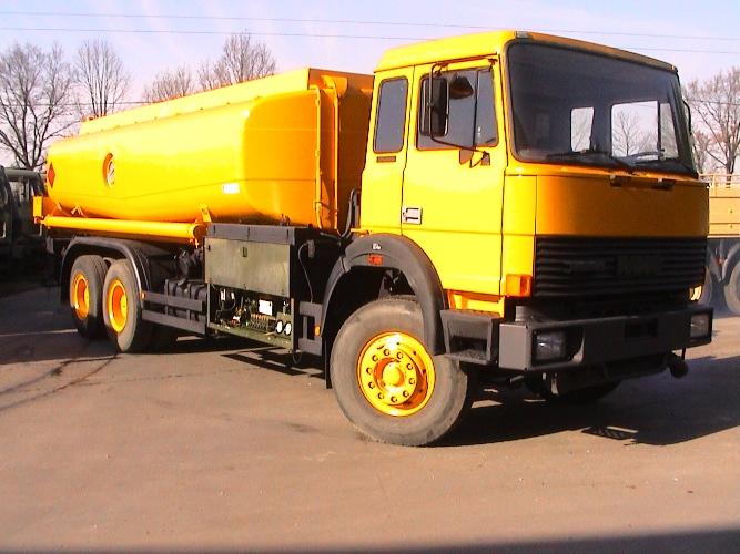 Iveco 260-32 AH 6x4 18,000 litre tanker truck