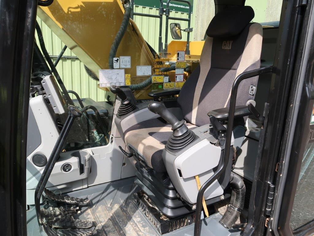 Caterpillar 320 EL Excavator | used military vehicles, MOD surplus for sale