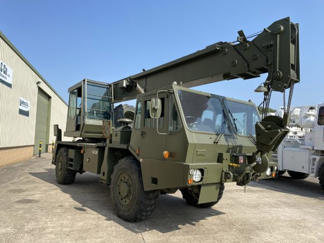 Grove 315M 4x4 All Terrain 18 Ton Crane Off-road Overlander military