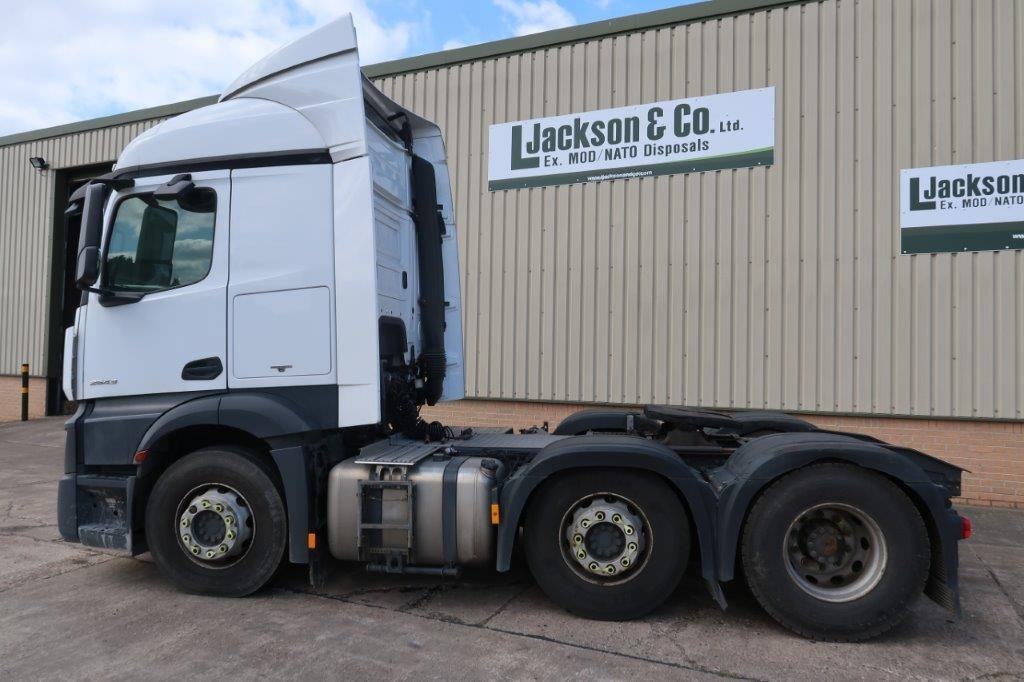 Mercedes Actros 2543 6x2 Tractor Units |  EX.MOD direct sales