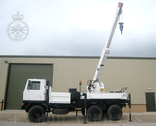 WAS SOLD Bedford TM 6x6 recovery truck & Atlas AK 4006
