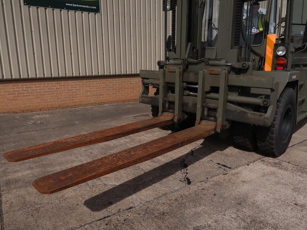 Valmet Sisu 16 Ton 1612HS 4x4 Forklift | Конверсионная техника с военного хранения