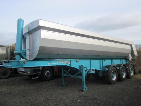 WAS SOLD Chieftain tipper trailer 30,000 kg