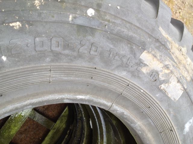 Dunlop Track 12.00x20 | used military vehicles, MOD surplus for sale