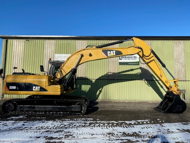 Caterpillar 320DL Excavator | Конверсионная техника с военного хранения