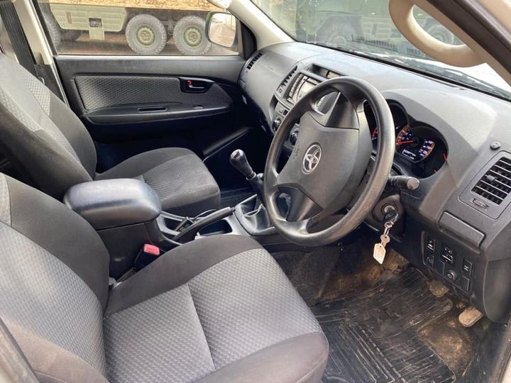 Fire spec Toyota Hilux double cab