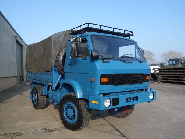 Man 8.136 shoot truck heading to new Zealand