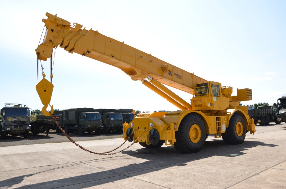 Grove RT 875 rough terrain crane/  for sale in Angola, Kenya,  Nigeria, Tanzania, Mozambique, South Africa, Zambia, Ghana- Sale In  Africa and the Middle East