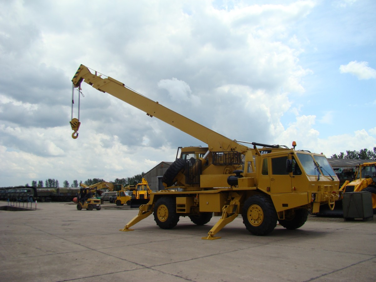 Grove 315M AT rough terrain 4x4 crane  18,000  kg capacity, EX.MOD/  for sale in Angola, Kenya,  Nigeria, Tanzania, Mozambique, South Africa, Zambia, Ghana- Sale In  Africa and the Middle East