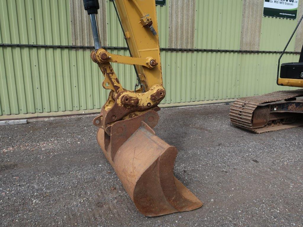 Caterpillar 320 EL Excavator for sale