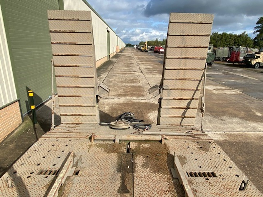 Goldhofer 8 Axle Low Loader Trailers   used military vehicles, MOD surplus for sale