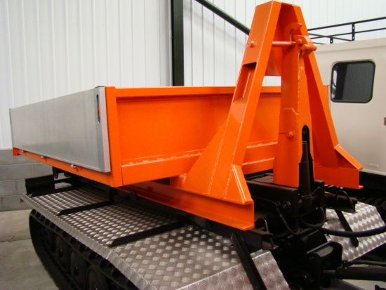 Hagglund BV206 new drops system with flat bed body and personnel body  for sale