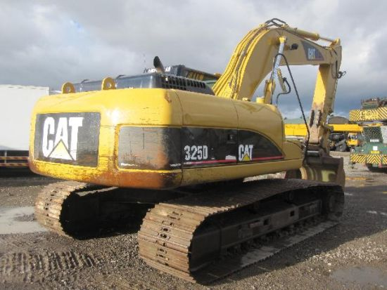 Caterpillar 325 DL  tracked excavator | used military vehicles, MOD surplus for sale