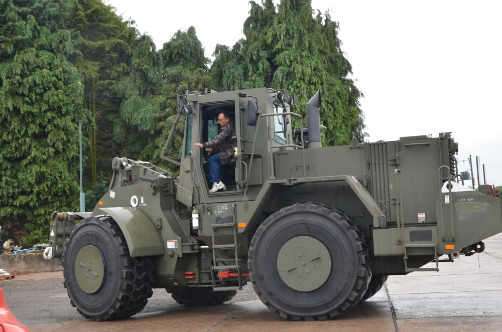 Caterpillar Armoured Wheeled dozer  972G for sale