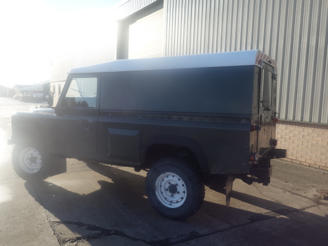 Land Rover Defender 110 300tdi  for sale . The UK MOD Direct Sales