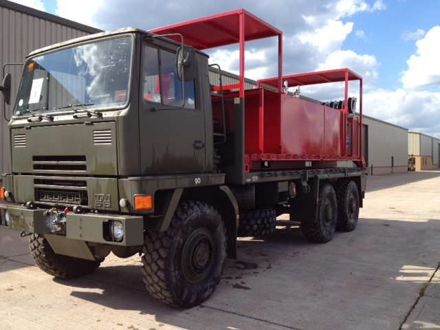 Bedford TM 6x6 with  De-mountable Skid Lube / Service Station