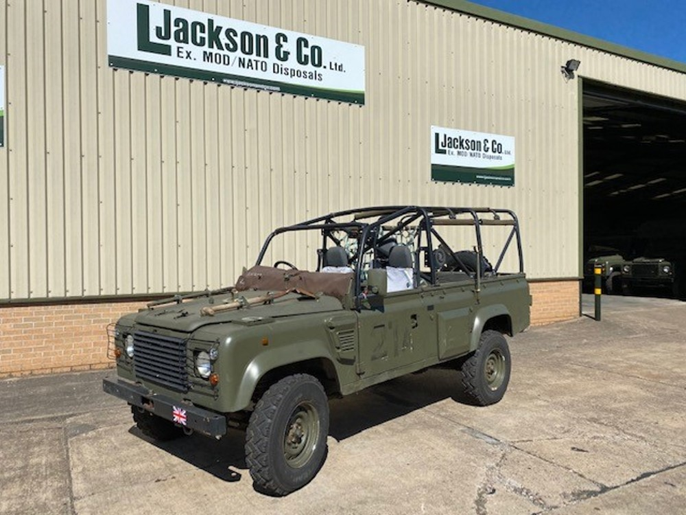 Land Rover Defender Wolf 110 Scout for sale | military vehicles