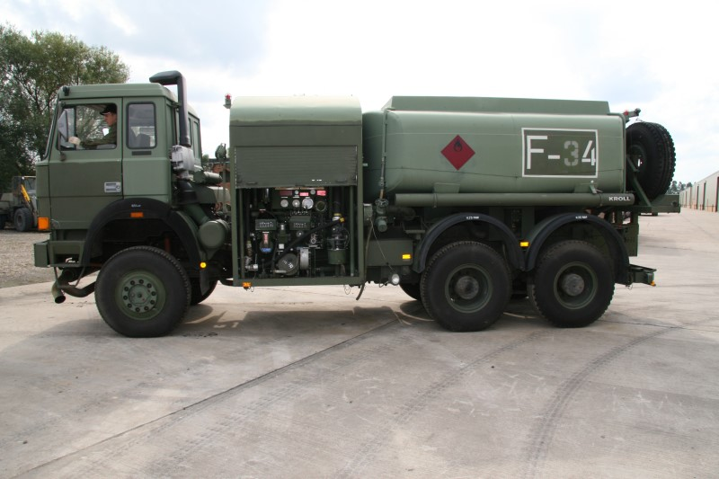 Iveco 200-32 8,000lt  6x4 Airfield  tanker truck |  EX.MOD direct sales