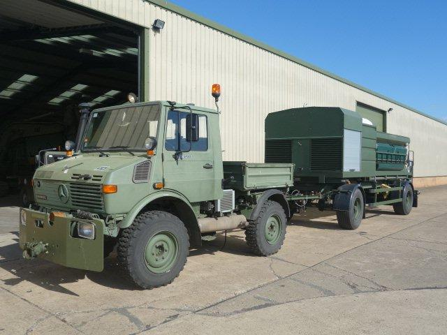 Schmidt towed gritter trailer  for sale. The UK MOD Direct Sales