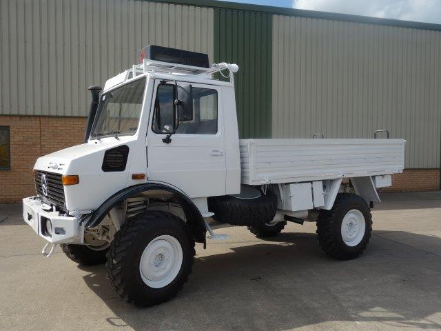 Mercedes Unimog  U1300L 4x4 Drop Truck with A/c | used military vehicles, MOD surplus for sale
