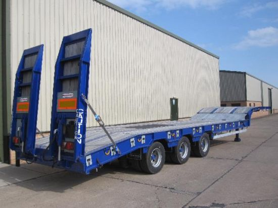 Montracton 48  Low loader Trailer