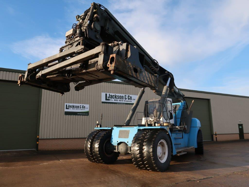 SMV 4531 CB5 Container Reachstacker for sale | military vehicles
