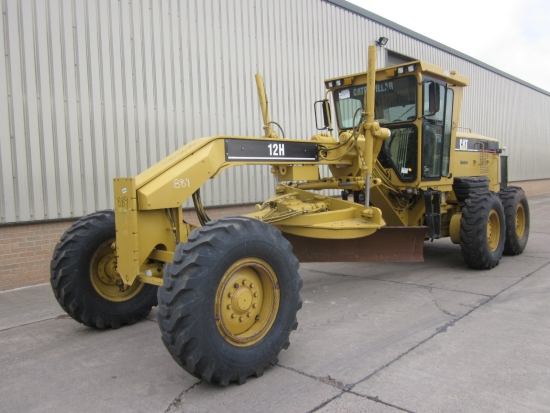 WAS SOLD Caterpillar 12 H motor graider