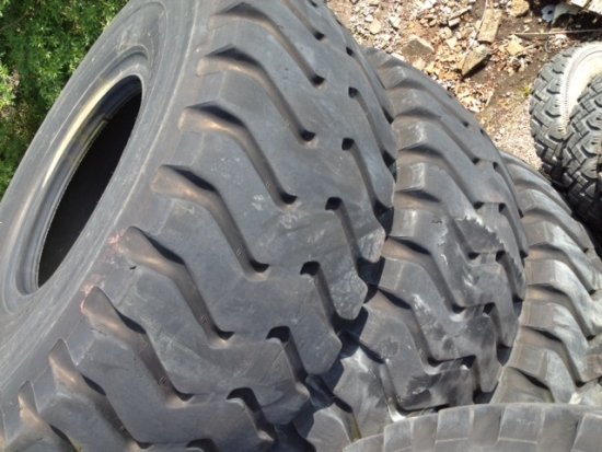 Bridgestone 29.5T35 VSTEEL (Used 75/80% Good) | Military Land Rovers 90, 110,130, Range Rovers, Mercedes for Sale