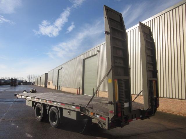 King draw bar plant ex.military trailer.