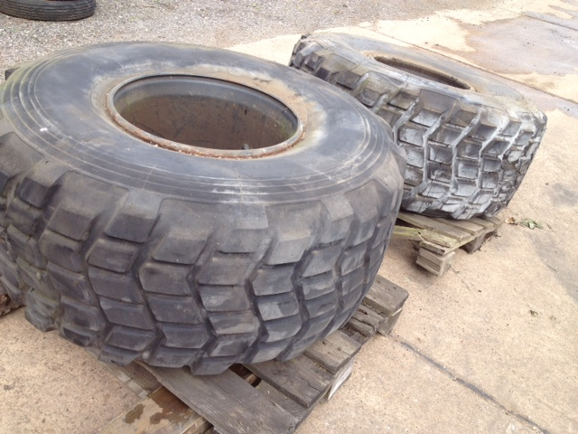 WAS SOLD Michelin 525/65 R20.5 tyres