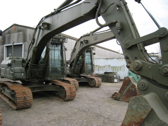 Caterpillar 320 B tracked ex military excavator for sale
