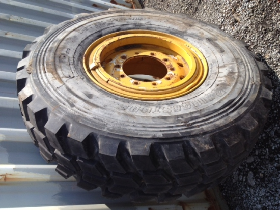 SOLD Bridgestone 445/95R25 (For Grove Crane) | used military vehicles, MOD surplus for sale