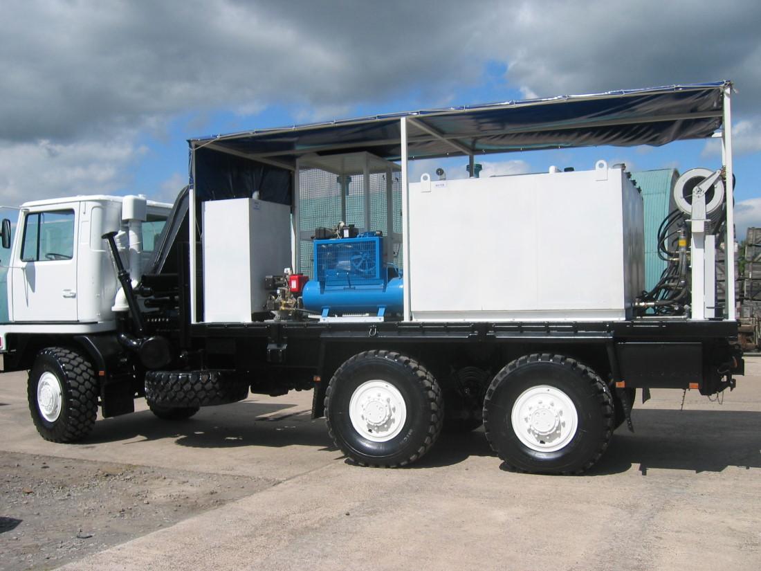 Bedford TM 6x6 Lube Truck with Atlas 3500kg hydraulic crane  for sale