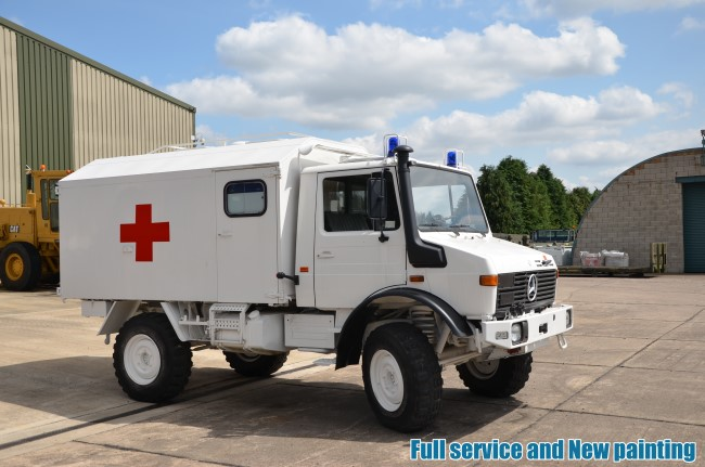 Mercedes Unimog U1300L Ambulance |  EX.MOD direct sales
