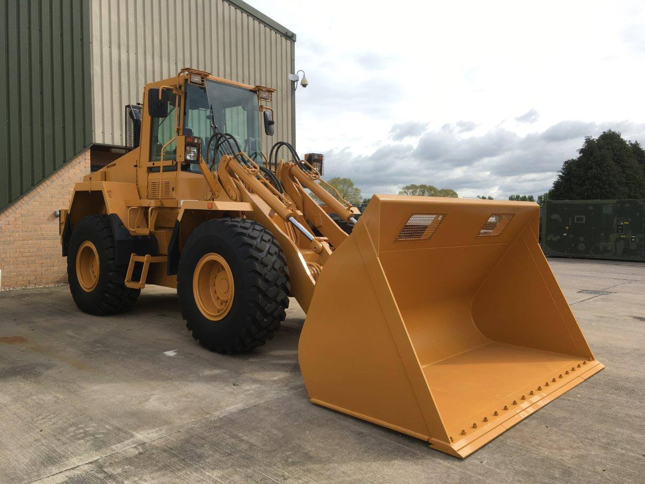 Case 721 CXT wheeled loader for sale