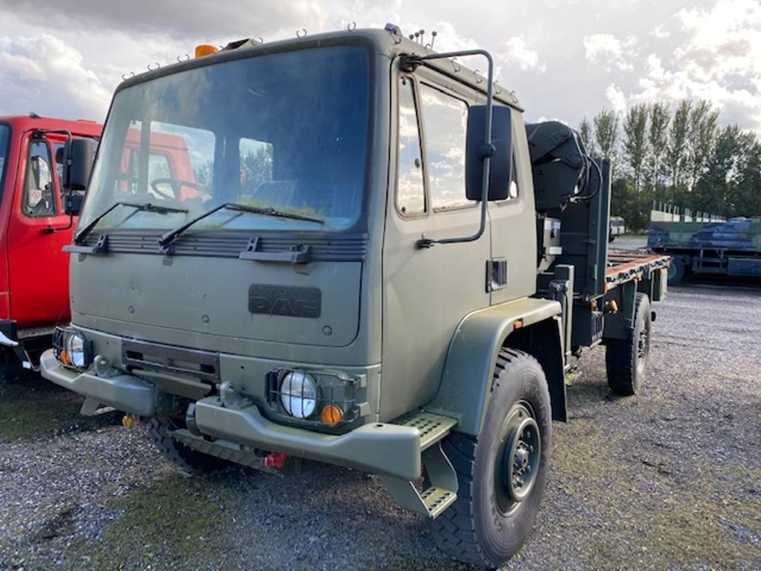 Leyland Daf 4x4 RHD crane truck | used military vehicles, MOD surplus for sale