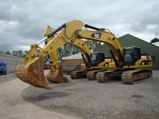 WAS SOLD Caterpillar 330 DL tracked excavator