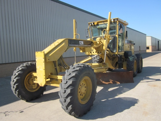 Caterpillar 12 H motor grader for sale | military vehicles