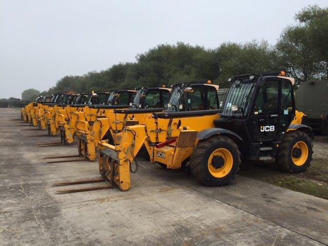 JCB 535-140 HI VIZ Loadall telehandler for sale | military vehicles