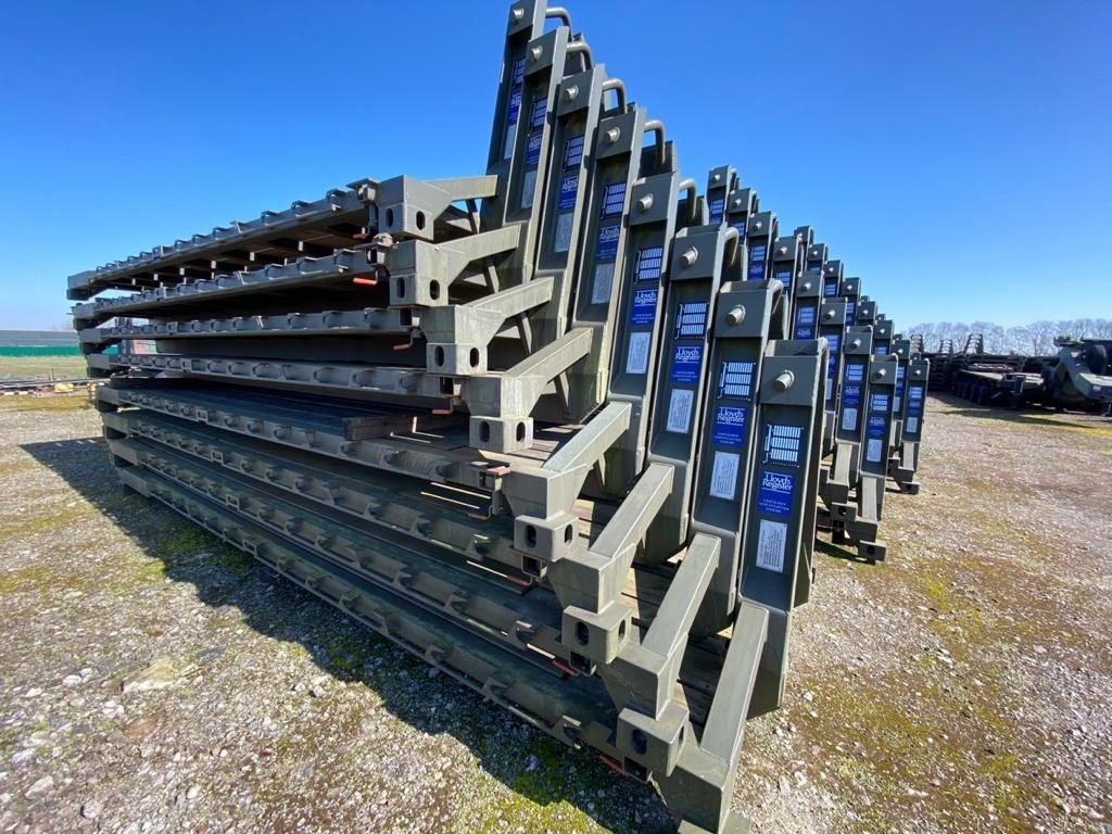 Drops 20ft ISO Flat Racks  unused for sale | military vehicles