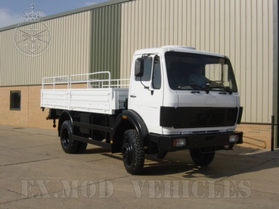 Mercedes 1017 4x4 Drop Side Cargo truck |  EX.MOD direct sales
