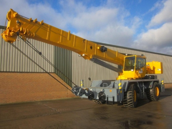 WAS SOLD Grove RT 600 E rough terrain crane