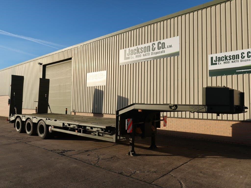 Broshuis E2130 Tri Axle Step Frame Low Loader Trailer |  EX.MOD direct sales
