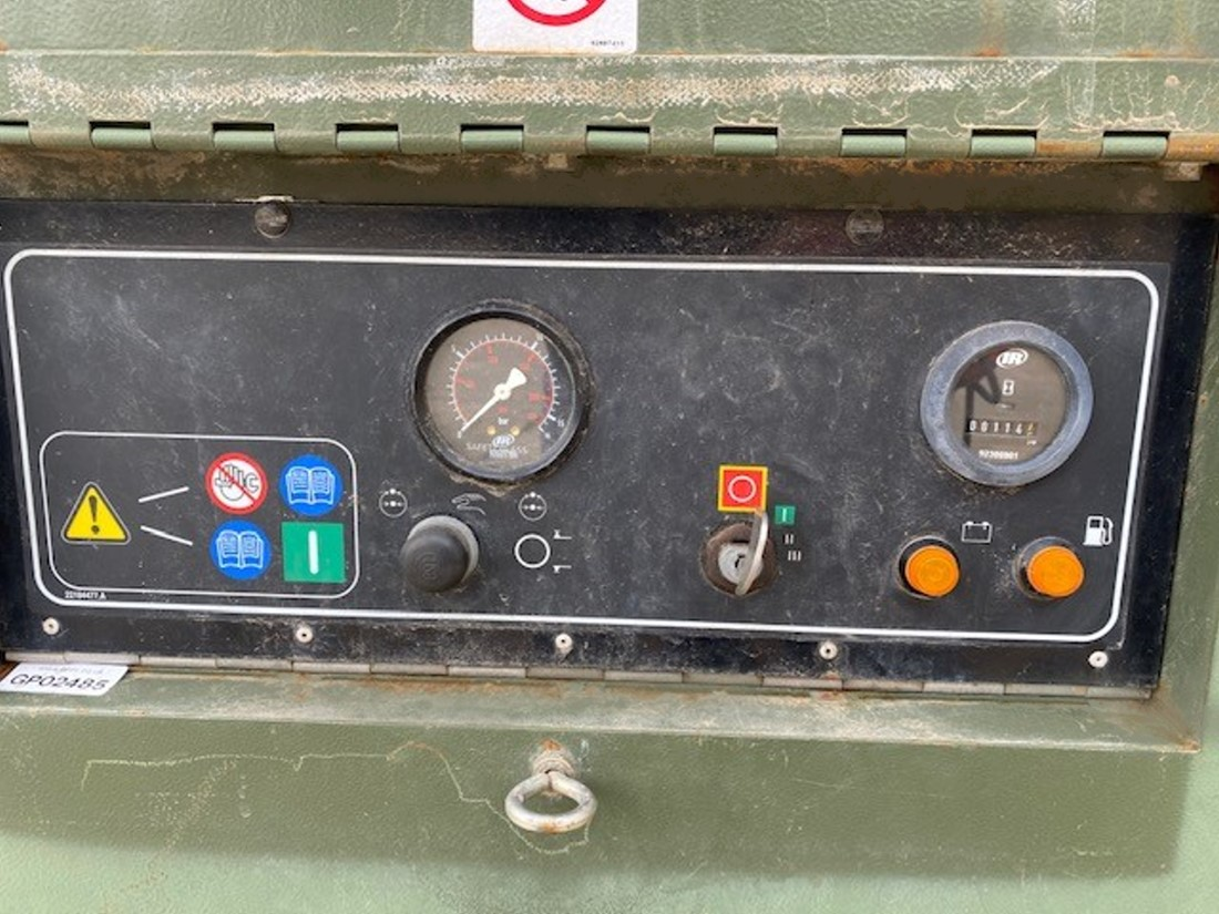 Ingersoll Rand 7/71 260 CFM Compressor   used military vehicles, MOD surplus for sale