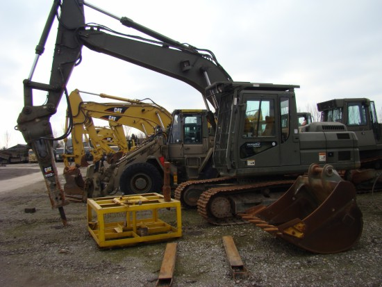 Caterpillar 320 B tracked ex military excavator | used military vehicles, MOD surplus for sale