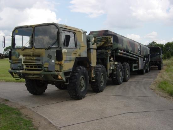 MAN  CAT  A1  8x8  + Aurepa 30000 tanker truck