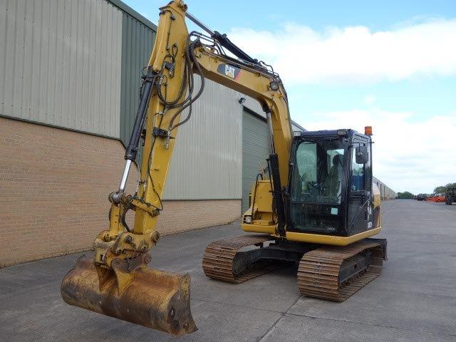 Caterpillar 307 D excavator 2010 for sale, Mod Sales Ex | military vehicles