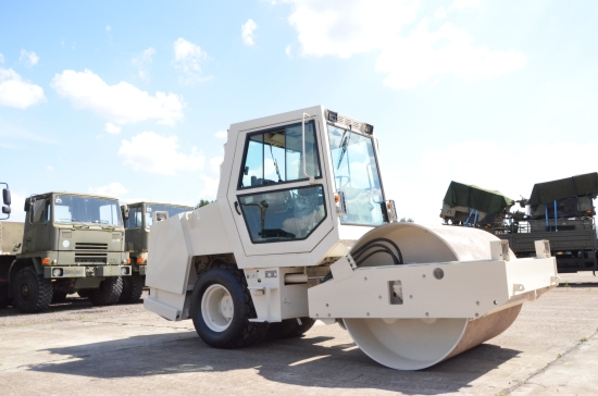 WAS SOLD ABG Ingersoll Rand PUMA 171 vibration compactor roller