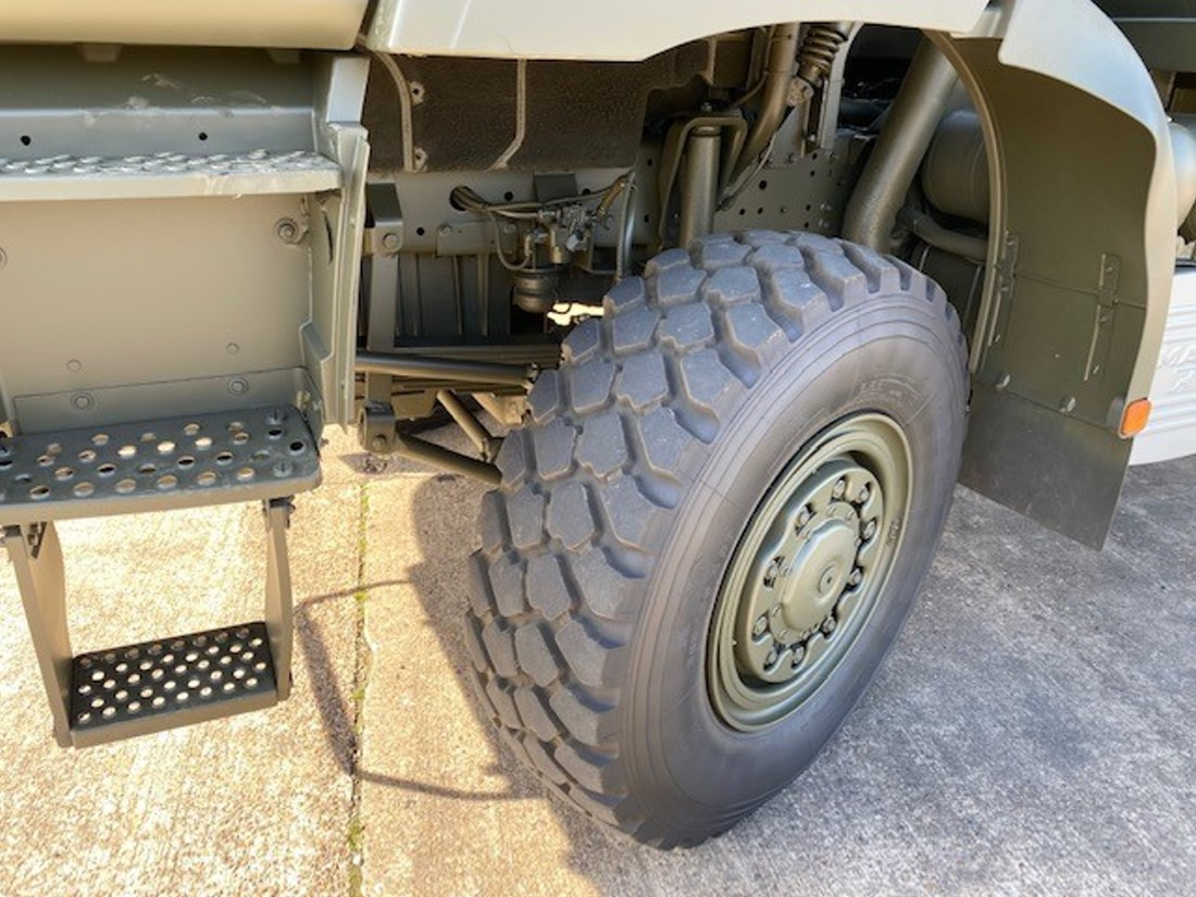 MAN 27.314 6X6 Flat bed cargo truck  military for sale